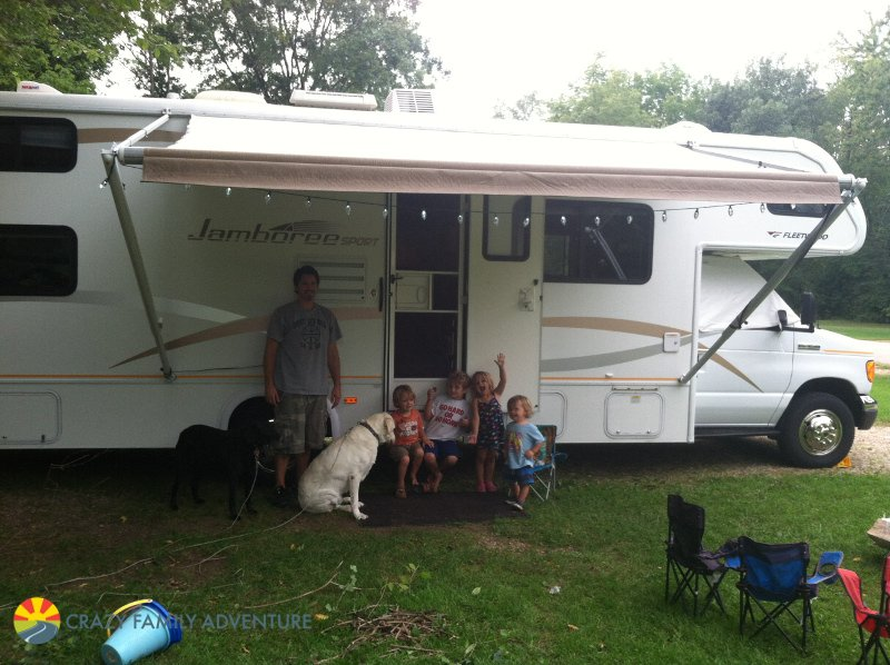 Becoming a Full-Time RV Family With 4 Kids and 2 Dogs