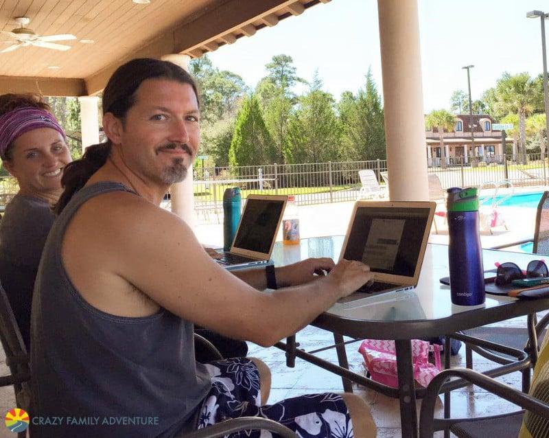 pool-working