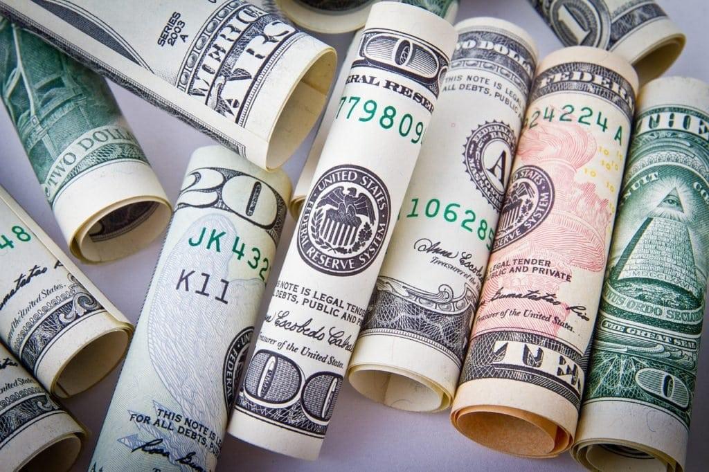 dollar-1362244_1280 (1)