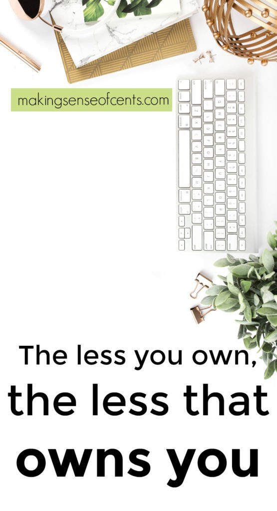 The less you own, the less that owns you. Minimalist living has changed my life for the better. If you are interested in having a minimalist house and life, then you must read this!