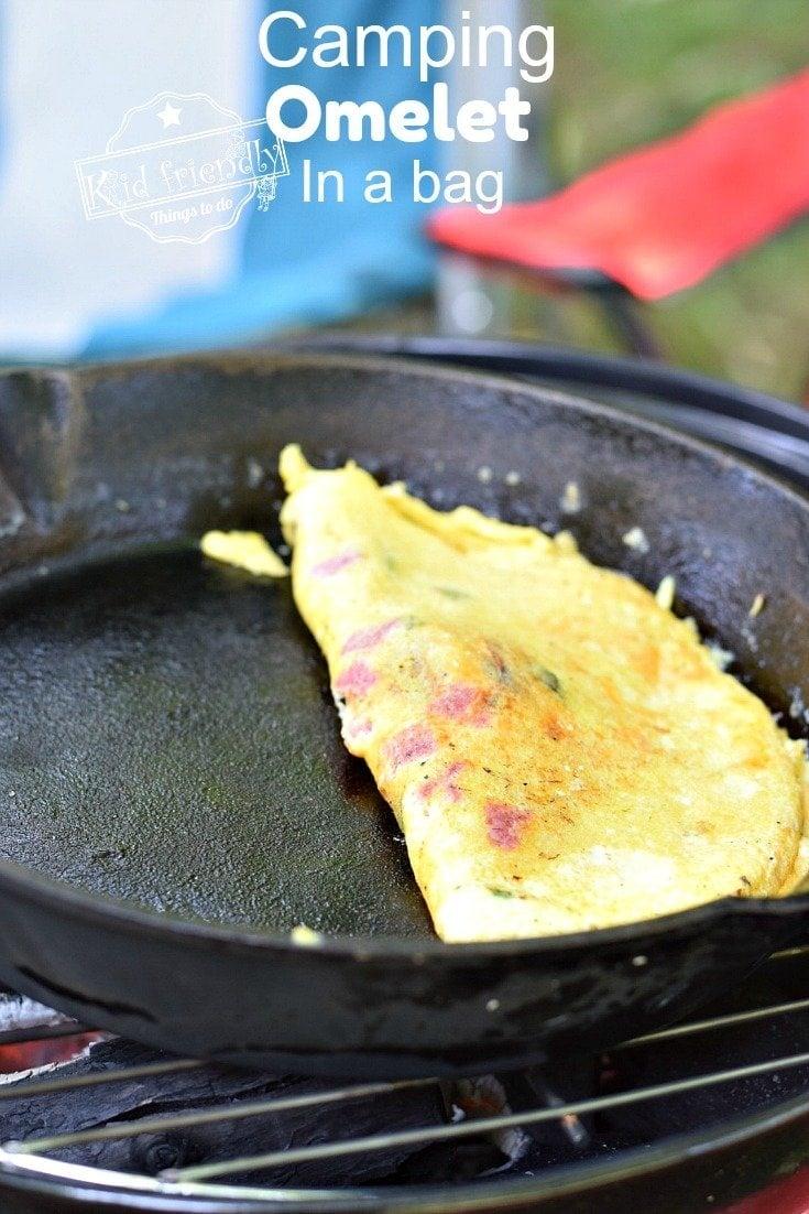 ¿Cómo cocinas huevos mientras acampas?